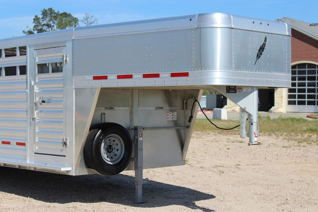 "2018 Featherlite 8127 24' - GN LIVESTOCK TRAILER 7'6"" WIDE - GN VENT CONROE, TX 2"
