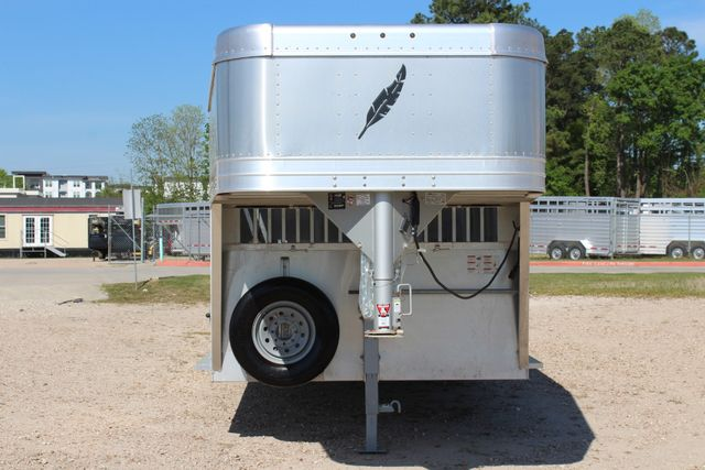 "2018 Featherlite 8127 24' - GN LIVESTOCK TRAILER 7'6"" WIDE - GN VENT CONROE, TX 5"