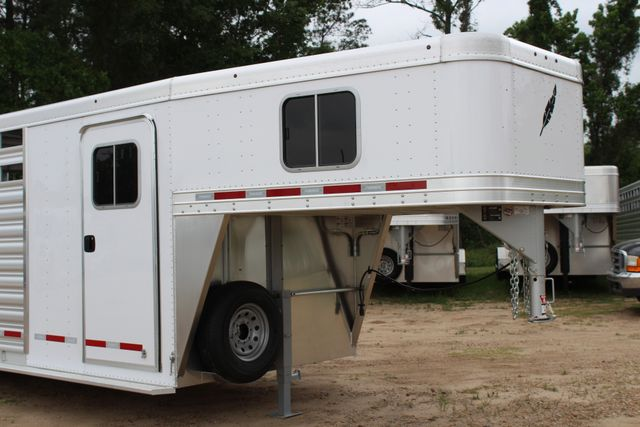 2018 Featherlite 8413 - 24' 5H Five Horse Slant with Dressing Room CONROE, TX 2