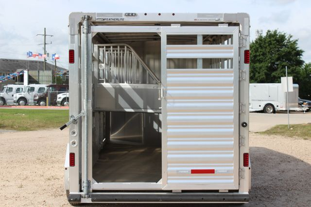2018 Featherlite 8413 - STOCK/ COMBO Combo with Horse Slant Divider 4H CONROE, TX 16