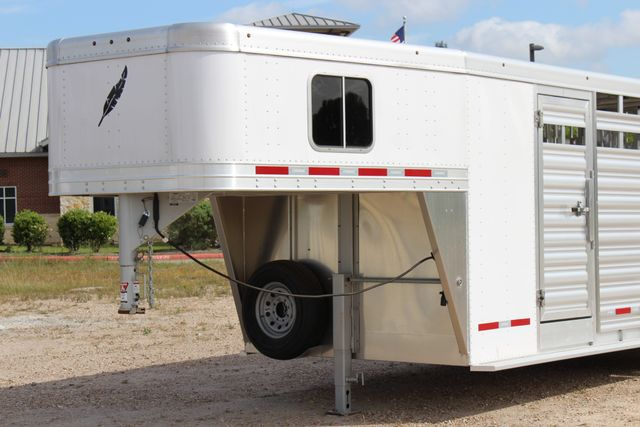 2018 Featherlite 8413 - STOCK/ COMBO Combo with Horse Slant Divider 4H CONROE, TX 5