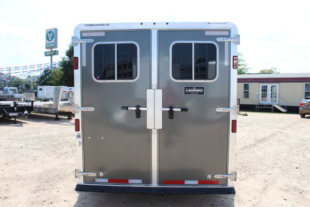 2018 Featherlite 8542 - 3H 3 HORSE GN LEGEND PACKAGE - DROP DOORS ON HIP CONROE, TX 11