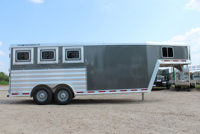 2018 Featherlite 8542 - 3H 3 HORSE GN LEGEND PACKAGE - DROP DOORS ON HIP CONROE, TX 23