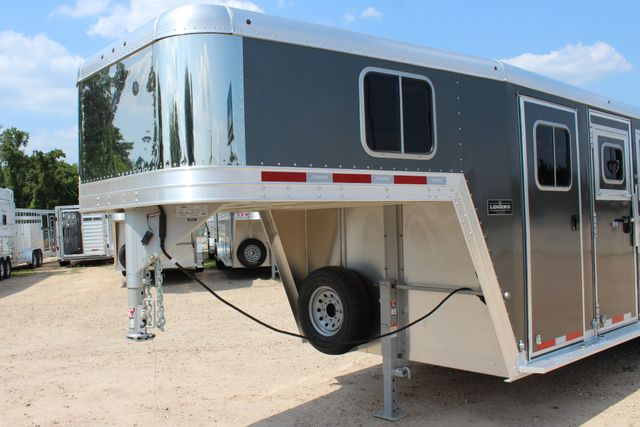 2018 Featherlite 8542 - 3H 3 HORSE GN LEGEND PACKAGE - DROP DOORS ON HIP CONROE, TX 4