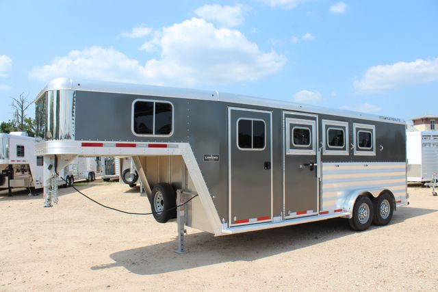 2018 Featherlite 8542 - 3H 3 HORSE GN LEGEND PACKAGE - DROP DOORS ON HIP CONROE, TX 6