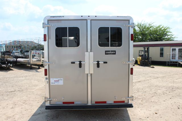 2018 Featherlite 8542 LEGEND PACKAGE 4H SLANT LOAD with Drop Windows CS CONROE, TX 22