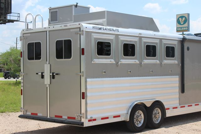 2018 Featherlite 9821 Liberty LQ 4 Horse Legend Package CONROE, TX 17