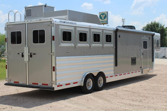 2018 Featherlite 9821 Liberty LQ 4 Horse Legend Package CONROE, TX 16