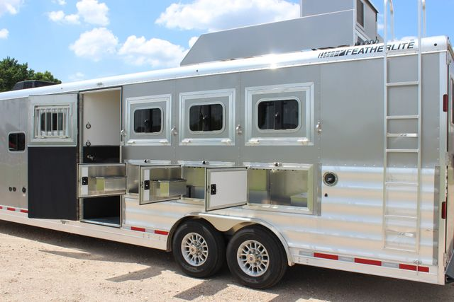 2018 Featherlite 9821 Liberty LQ 4 Horse Legend Package CONROE, TX 23