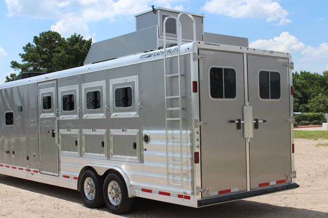 2018 Featherlite 9821 Liberty LQ 4 Horse Legend Package CONROE, TX 11