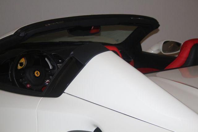 2018 Ferrari 488 Spider Houston, Texas 32