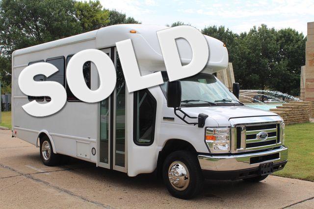 2018 Ford E350 15 Passenger Starcraft Shuttle Bus W/ Luggage, Storage Area Irving, Texas 0