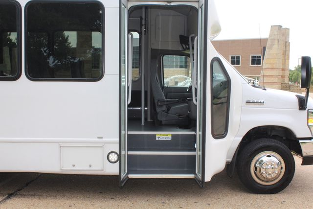 2018 Ford E350 15 Passenger Starcraft Shuttle Bus W/ Luggage, Storage Area Irving, Texas 12