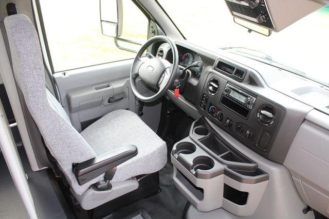 2018 Ford E350 15 Passenger Starcraft Shuttle Bus W/ Luggage, Storage Area Irving, Texas 18