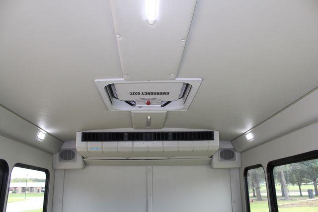 2018 Ford E350 15 Passenger Starcraft Shuttle Bus W/ Luggage, Storage Area Irving, Texas 24
