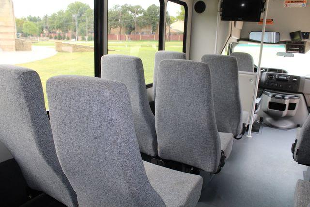 2018 Ford E350 15 Passenger Starcraft Shuttle Bus W/ Luggage, Storage Area Irving, Texas 27