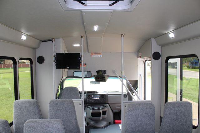 2018 Ford E350 15 Passenger Starcraft Shuttle Bus W/ Luggage, Storage Area Irving, Texas 29