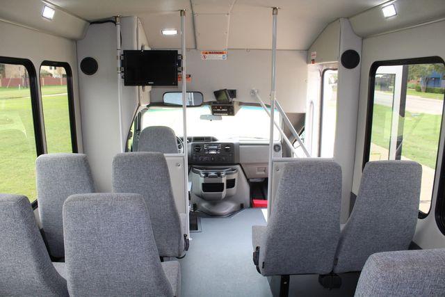 2018 Ford E350 15 Passenger Starcraft Shuttle Bus W/ Luggage, Storage Area Irving, Texas 30