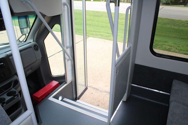 2018 Ford E350 15 Passenger Starcraft Shuttle Bus W/ Luggage, Storage Area Irving, Texas 36
