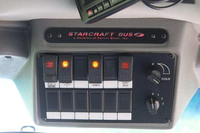 2018 Ford E350 15 Passenger Starcraft Shuttle Bus W/ Luggage, Storage Area Irving, Texas 40