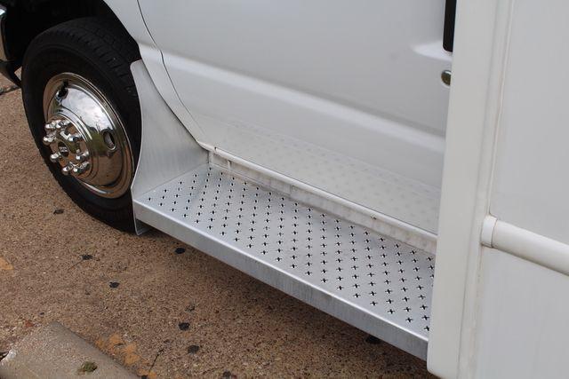 2018 Ford E350 15 Passenger Starcraft Shuttle Bus W/ Luggage, Storage Area Irving, Texas 60