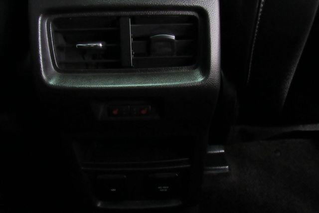 2018 Ford Edge Titanium W/ NAVIGATION SYSTEM/ BACK UP CAM Chicago, Illinois 15