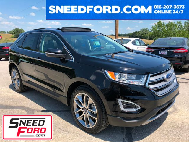 2018 Ford Edge Titanium AWD V6 in Gower Missouri, 64454