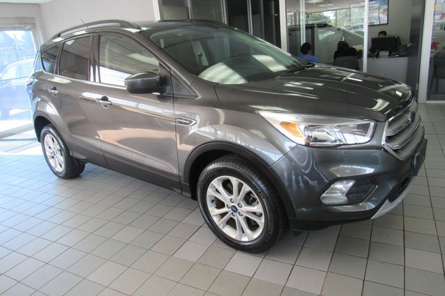 2018 Ford Escape SE W/ BACK UP CAM Chicago, Illinois 4