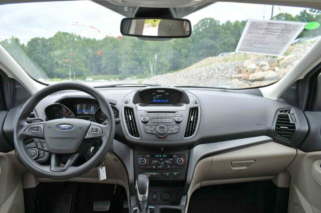 2018 Ford Escape SE 4WD Naugatuck, Connecticut 19