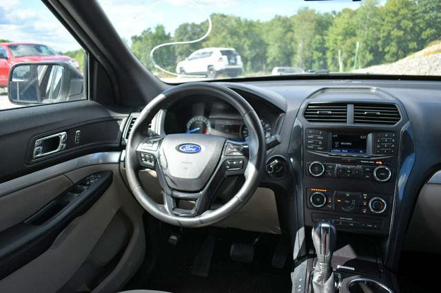 2018 Ford Explorer 4WD Naugatuck, Connecticut 19