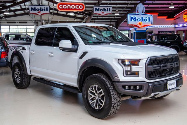 2018 Ford F-150 Raptor 4x4 in Addison, Texas 75001