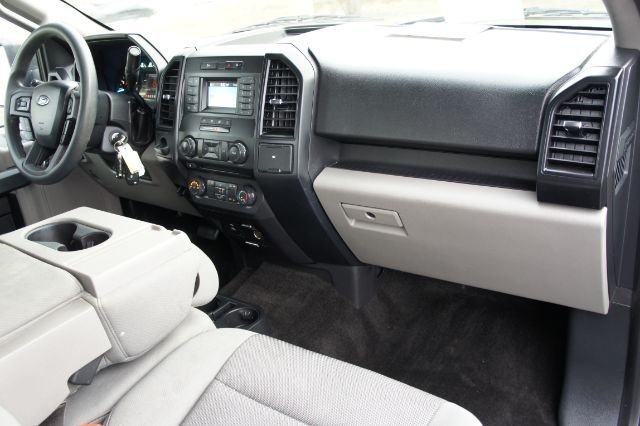 2018 Ford F-150 XL SuperCrew 5.5-ft. Bed 2WD in San Antonio, TX 78233