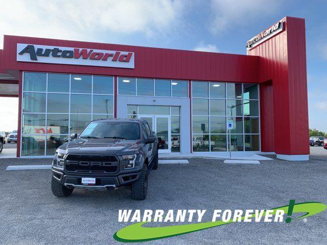 2018 Ford F150 Raptor in Uvalde, TX 78801
