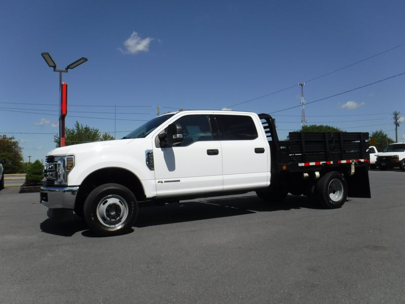 2018 Ford F350 Crew Cab 9' Stake 4x4 Diesel in Ephrata PA
