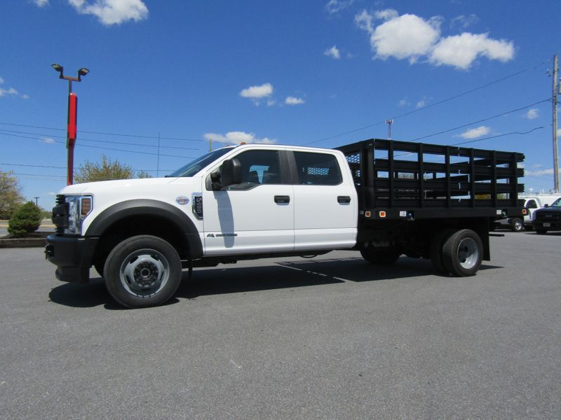 2018 Ford F450 Crew Cab 12' Stake Flatbed 4x4 Diesel in Ephrata PA