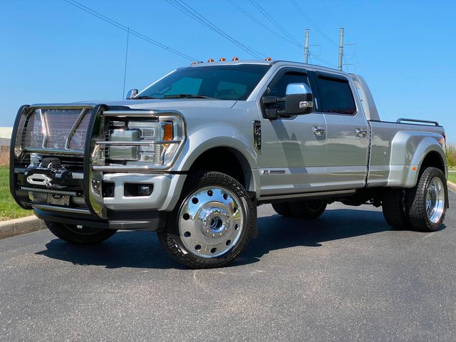 2018 Ford F450 Platinum Drw 6.7L DIESEL 4X4 24'S LOW MILES MUST SEE