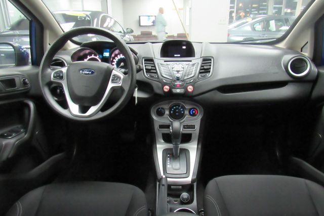 2018 Ford Fiesta SE W/ BACK UP CAM Chicago, Illinois 12