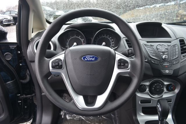 2018 Ford Fiesta SE Naugatuck, Connecticut 19