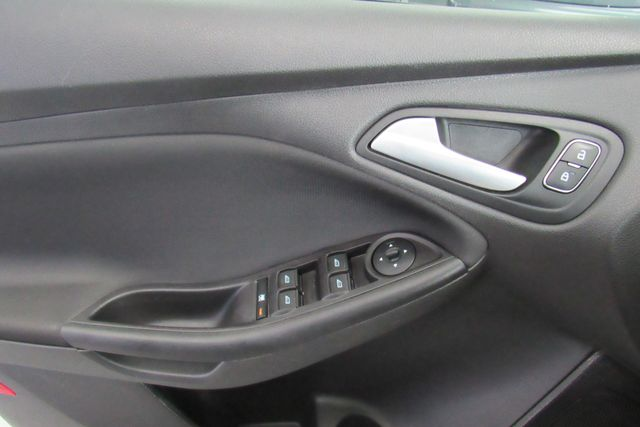 2018 Ford Focus SE W/ BACK UP CAM Chicago, Illinois 10