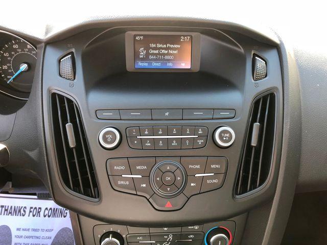 2018 Ford Focus SE Sedan in Gower Missouri, 64454