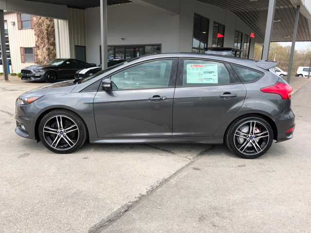 2018 Ford Focus ST in Gower Missouri, 64454