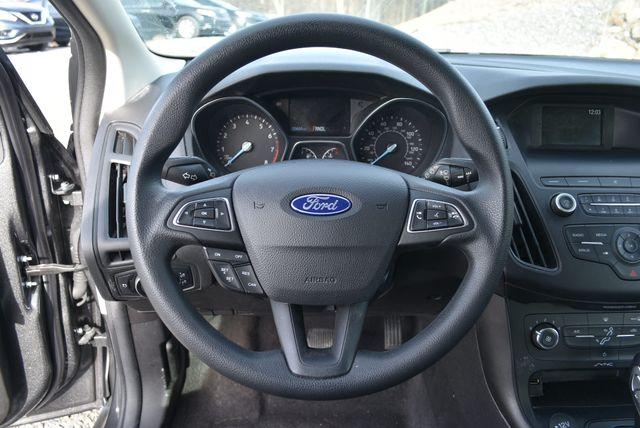 2018 Ford Focus SE Naugatuck, Connecticut 16
