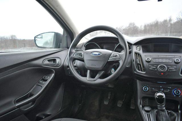 2018 Ford Focus S Naugatuck, Connecticut 13