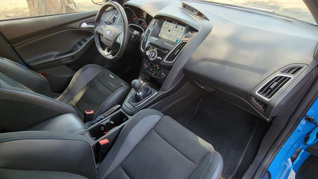 2018 Ford Focus RS Santa Clarita, CA 9