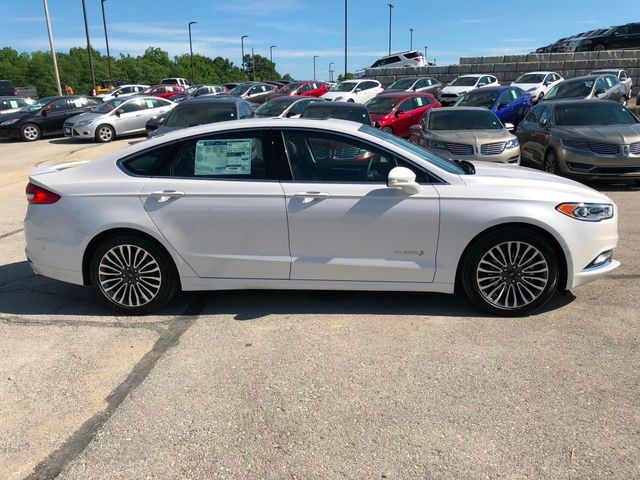 2018 Ford Fusion Hybrid Titanium in Gower Missouri, 64454