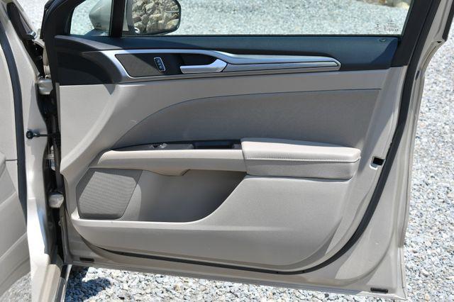 2018 Ford Fusion Hybrid SE Naugatuck, Connecticut 10