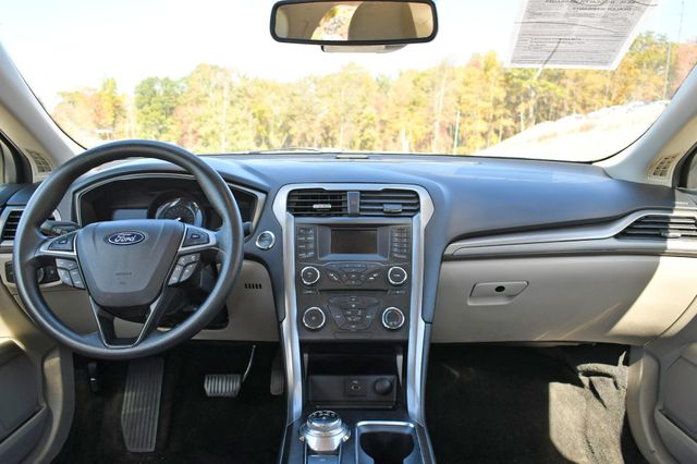 2018 Ford Fusion SE Naugatuck, Connecticut 12
