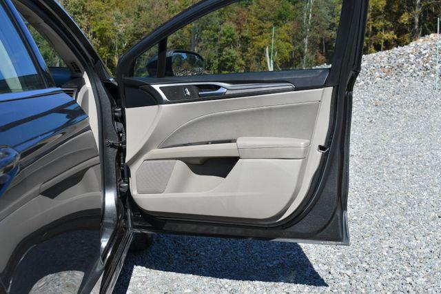 2018 Ford Fusion SE Naugatuck, Connecticut 8