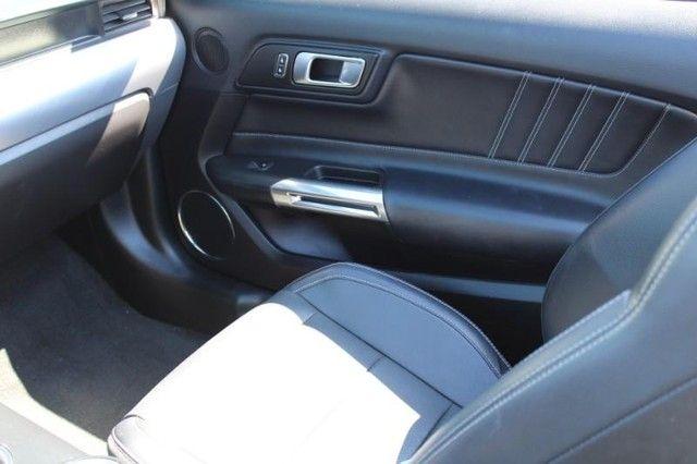 2018 Ford Mustang GT Premium St. Louis, Missouri 10