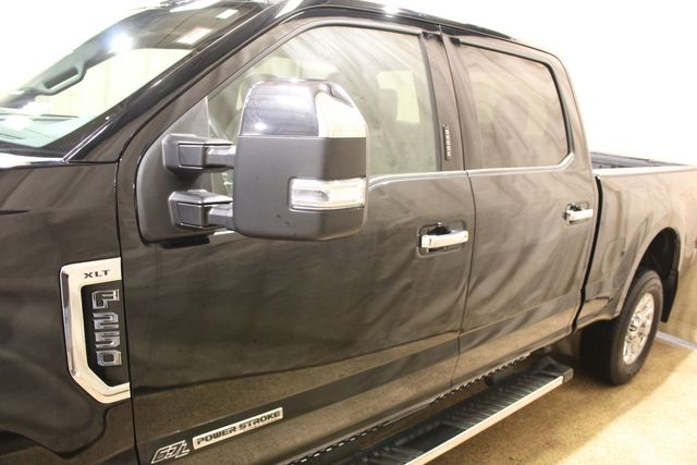 2018 Ford Super Duty F-250 Diesel 4x4 XLT in Roscoe, IL 61073